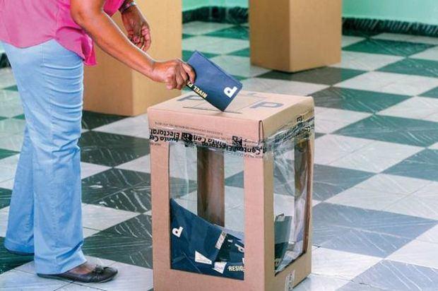 JCE sube al 20 % auditoría aleatoria del nivel presidencial en las primarias.