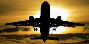 Tercer vuelo repatría españoles varados por COVID-19 en República Dominicana.