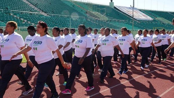 """Policía Nacional y SeNaSa inician primer entrenamiento físico de """"Tu Peso Ideal"""""""
