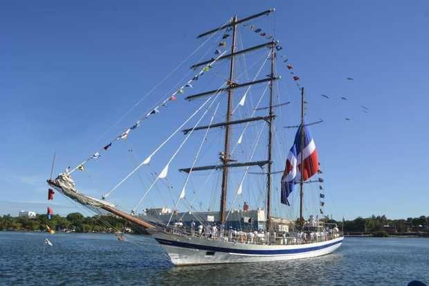 """La Armada Dominicana recibe crucero de instrucción """"Tridente de Neptuno Otoño 2019"""""""