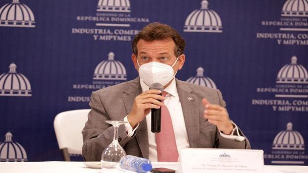 El ministro de Industria, Comercio y Mipymes, MICM, Víctor -Ito- Bisonó.