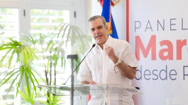 Presidente Luis Abinader definió como esperanzador el compromiso que el sector privado mantiene en la defensa de la Marca País de República Dominicana.