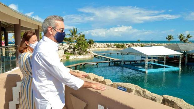 Abinader proclama que el Gobierno y sector privado apuestan a importante plan para el turismo