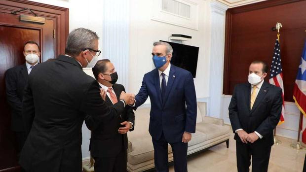 Presidente Luis Abinader es recibido en Puerto Rico