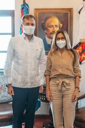 ADN y Embajada de los Estados Unidos unen esfuerzos.