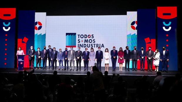 Vicepresidenta destaca expansión de 14.3% del sector manufactura