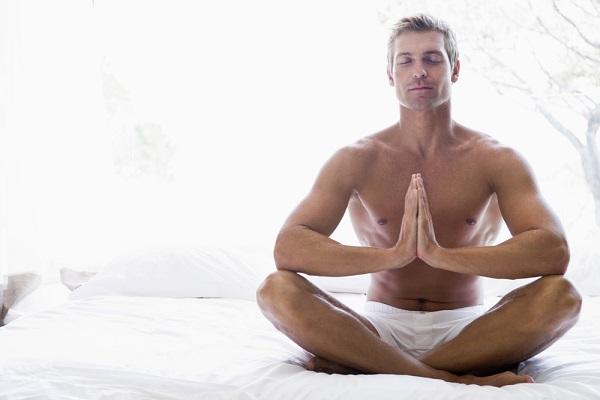 Recomiendan práctica de yoga fitness para evitar el estrés