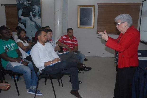 Instituto Peña Gómez abre inscripciones para formación política