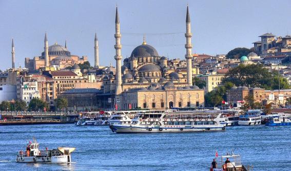 Turquía confía en el turismo ruso para recuperarse de la catástrofe de 2020