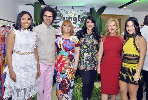 Rommy Pichardo, Sócrates McKinney, Rommy Grullón, Giannina Azar, Claudia Messina y Gabriela Álvarez.