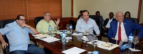 Comisión del Senado rendirá informe sobre Proyecto de Ley de Aduanas