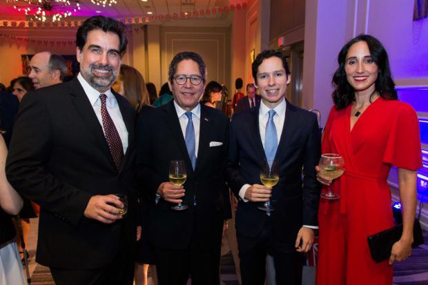 Manuel Cabral, Fernando González, Otto González y Susana Martínez.
