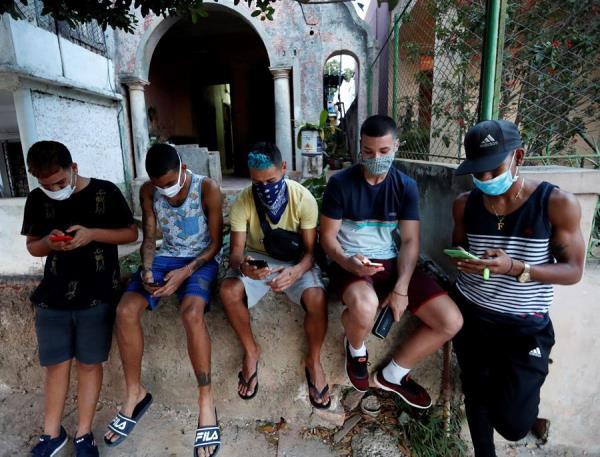 """Aplicación lleva a Cuba """"como alternativa"""" datos mundiales sobre el COVID-19"""