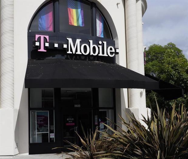 Nueva York no apelará la decisión de la corte que aprobó la fusión T - Mobile y Sprint