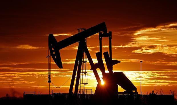 Al final de las operaciones en la Bolsa Mercantil de Nueva York (Nymex), los contratos de futuros del petróleo intermedio de Texas (WTI) para entrega en noviembre subieron 0,38 dólares respecto a la sesión previa.