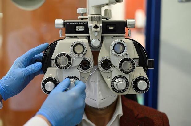 Más de mil millones de personas viven con problemas de visión sin tratar