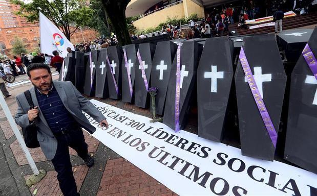 Las cuentas de la Defensoría del Pueblo de Colombia hablan de 118 líderes sociales asesinados en 2019 y de un total de al menos 555 entre el 1 de enero de 2016 y el 31 de octubre de 2019.