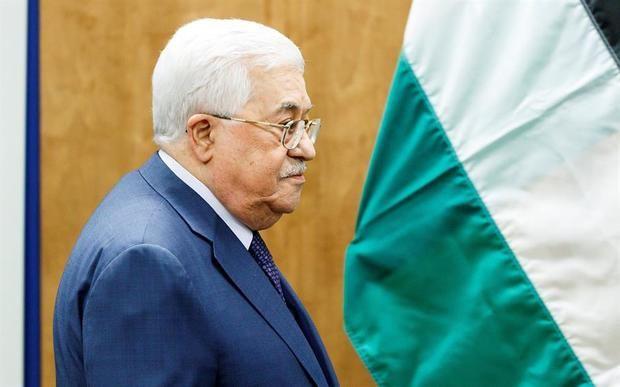 El presidente palestino, Mahmud Abás, declaró hoy que los palestinos no 'cederán' al plan de paz presentado por Donald Trump.