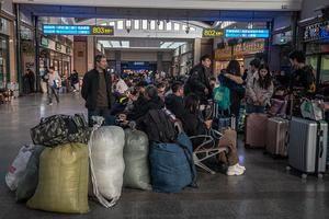 Tres mil millones de viajes en 40 días: la odisea de China para su Año Nuevo