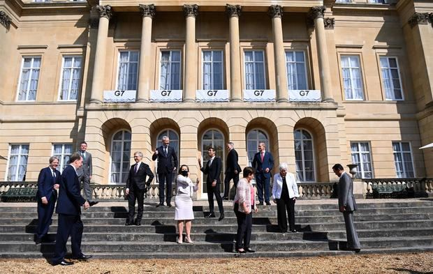 Los Ministros de Finanzas del G7 posan para la foto de familia en la Casa Lancaster durante la reunión de Ministros de Finanzas del G7 en Londres, Gran Bretaña, el 5 de junio de 2021.