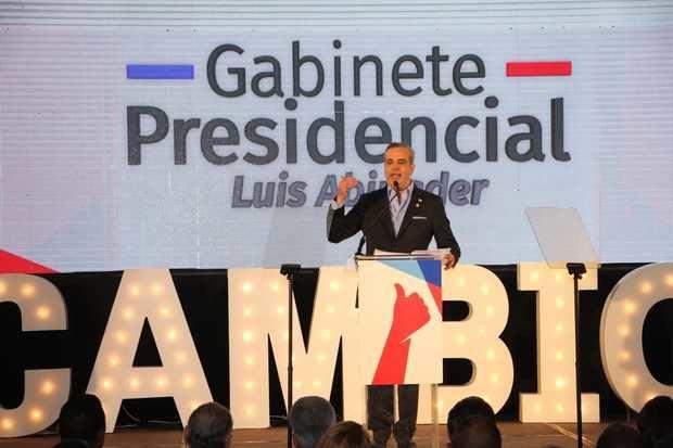 Candidato presidencial del Partido Revolucionario Moderno, Luis Abinader.