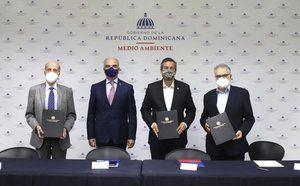 @ambienterd , @mineconomiard , y el Consejo Nacional para el Cambio Climático y Mecanismo de Desarrollo Limpio (CNCCMDL) firmaron un acuerdo de colaboración interinstitucional para la implementación del programa Euroclima