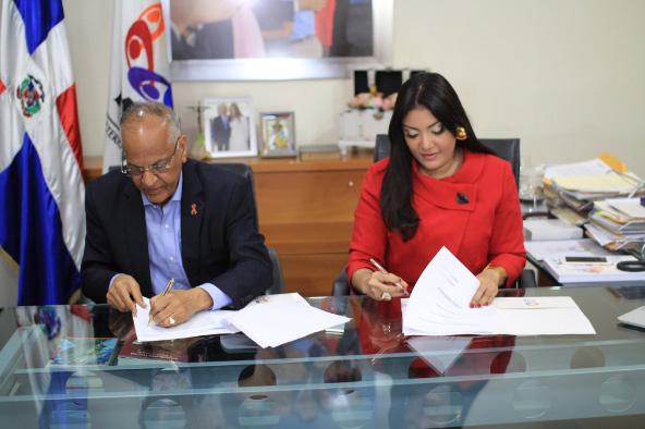 Conavihsida y el Ministerio de la Juventud