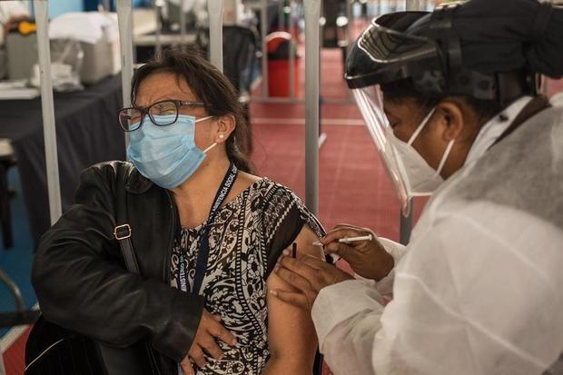 Guatemala suspende clases presenciales en el 60 % del país por la covid-19