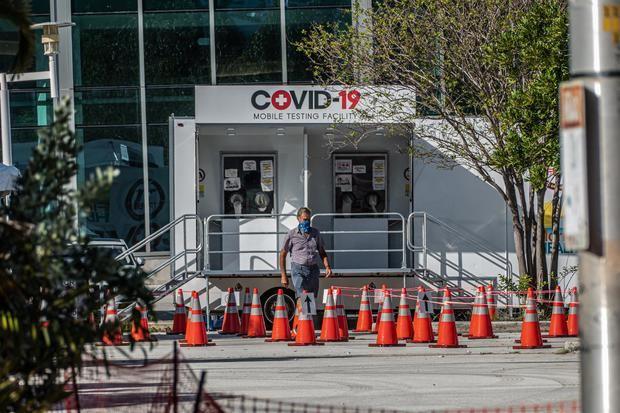 Siguen disparadas las hospitalizaciones por covid-19 en Florida