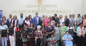 Mujeres reconocidas por el Ayuntamiento del Distrito Nacional