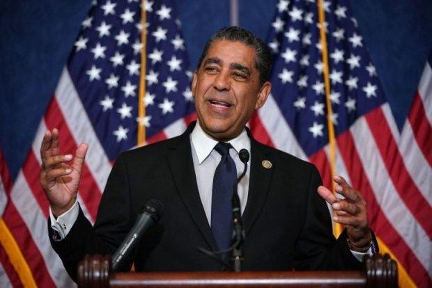 Adriano Espaillat y partidos RD llaman a votar por Ydanis Rodríguez en primarias NY