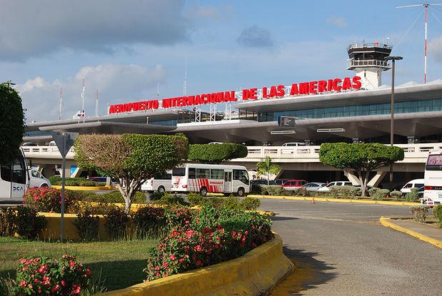 República Dominicana reabre dos aeropuertos tras paso de tormenta Fred