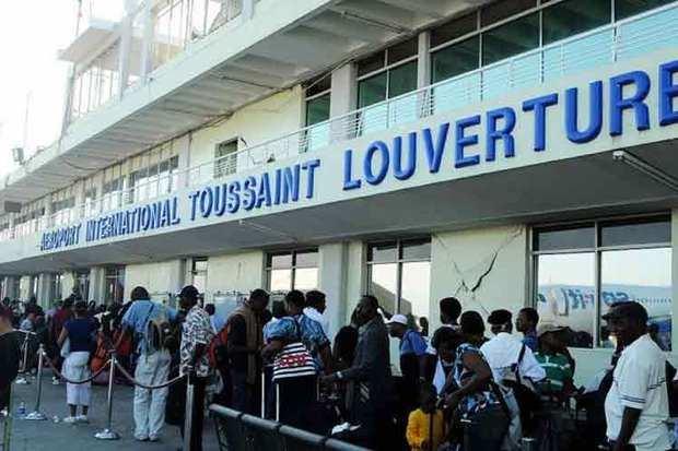 Aeropuerto  Internacional Toussaint Louverture.
