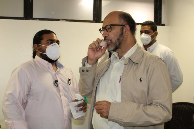 MSP entregó equipo para toma de muestra de coronavirus en aeropuerto de Puerto Plata