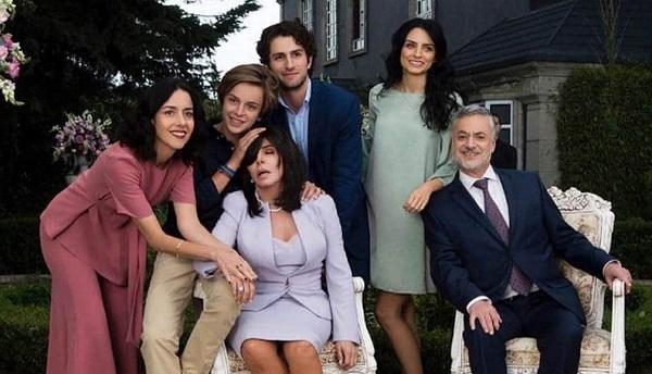 'La casa de las flores', la serie mexicana de humor negro que triunfa en Netflix