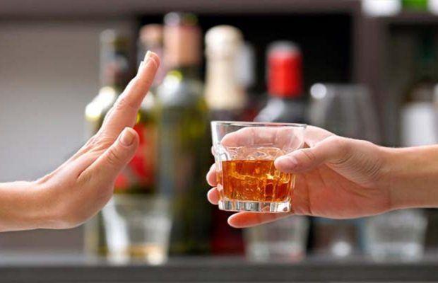 Suben a 109 las muertes por consumo de alcohol adulterado