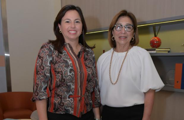 Ana Santelises y Katingo Santelises.jpg