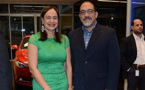 Yesenia Tapia y Guillermo Quintanilla