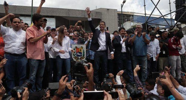 El antichavismo pone suspenso a su llamado paro contra Nicolás Maduro