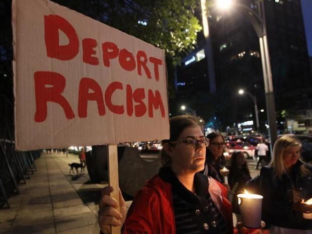 Las autoridades de EE.UU. defienden las redadas antiinmigrantes