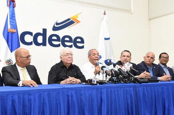 La Corporación Dominicana de Empresas Eléctricas Estatales anuncia entrada de tres plantas para reducir apagones