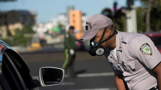 La Policía Nacional informó este lunes que sus agentes y tropas de las Fuerzas Armadas arrestaron a 1,276 personas.