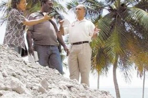 Demandarán empresa AES por daños ambientales en Arroyo Barril
