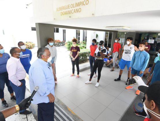 Atletas cumplen cuarentena en el Albergue retornarán a sus casas
