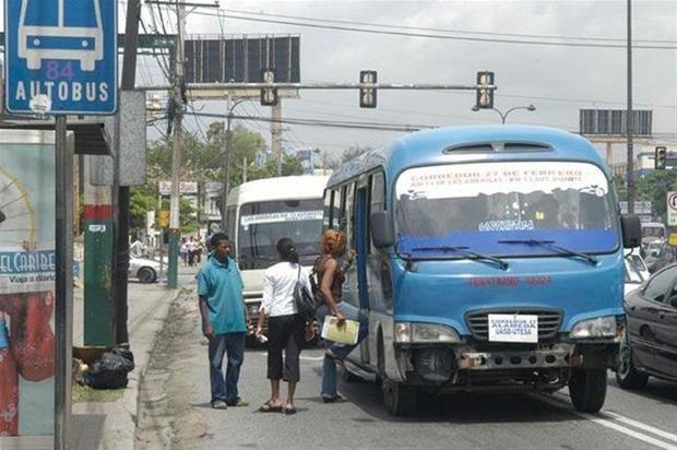 Intrant afirma que el 70 % de los autobuses privados entró hoy en operación