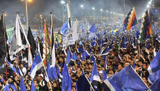 El partido de Evo Morales pone de ejemplo la elección en República Dominicana