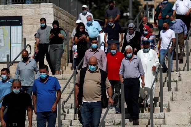 Israel baja el porcentaje de positivos al 2%, la cifra más baja en cuatro meses.