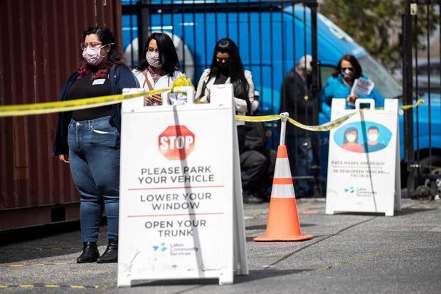 Estados Unidos acumula 575.899 muertes y 32.342.475 contagios por covid-19