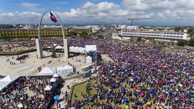 El presidente empatiza con indignados, pero arrecian las protestas