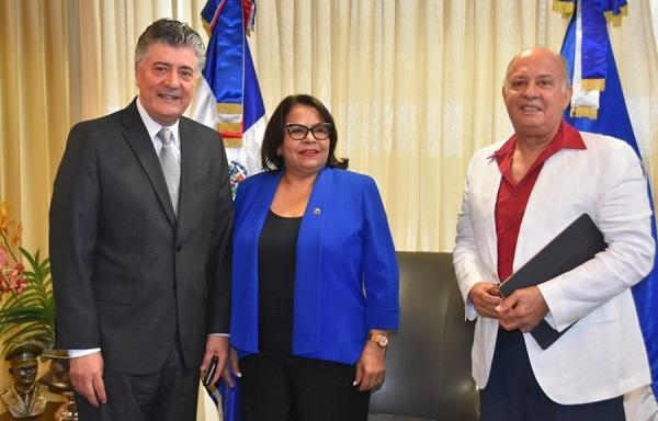 UASD y Cámara Dominico-China plantean eventual cooperación